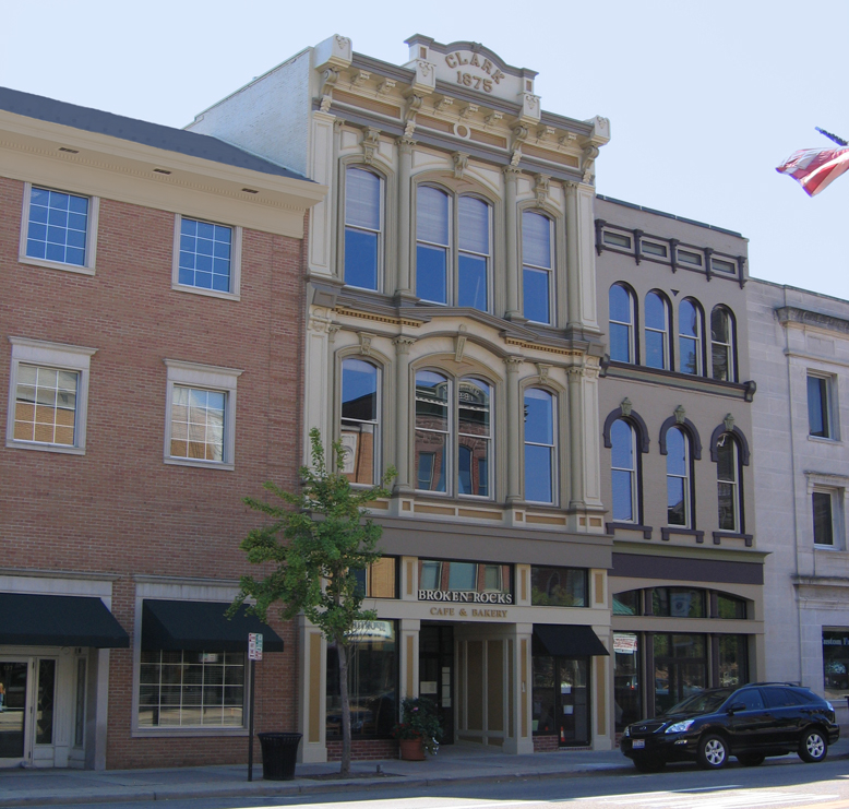 Apartments In Downtown: Wooster Downtown Apartments / Liberty Street Lofts